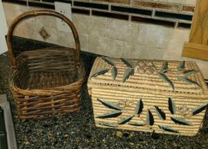Baskets one w lid and stitching