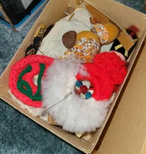 Christmas ornament box full (see pictures)
