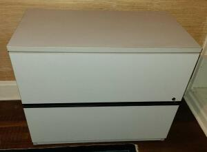 "Nice File cabinet (not metal) 29"" x 35"" x 19.75"" 2 drawer w key"