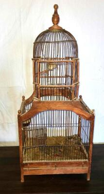 ANTIQUE BIRD CAGE W/ TWO DOORS AND PULL OUT BOTTOM