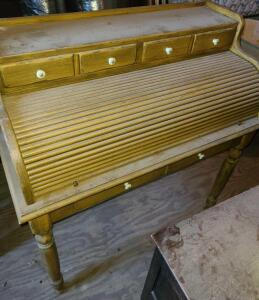 "ANTIQUE ROLL TOP DESK. IN GREAT SHAPE. 44"" TALL X 40"" WIDE X 20.5"" DEEP. DUSTY."