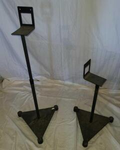 "JVC METAL SPEAKER STANDS ADJUSTABLE. LOW POSITION 21"". BASE 15"" TRIANGLE. DUSTY BUT WILL CLEAN UP."