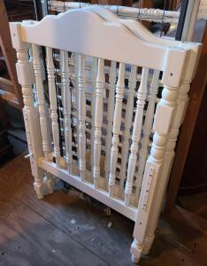"WHITE BABY CRIB 45.5"" TALL X 31"" WIDE X 56"" LONG. HIGH GLOSS WHITE. ALL PARTS AND INSTRUCTIONS BAG."