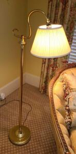 "BRASS FLOOR READING LAMP 52"". BASE 10"""