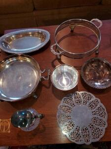 Grouping of silver plated items.