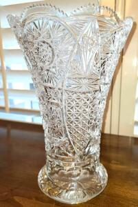"11"" CRYSTAL VASE 5"" BASE. NO CHIPS OR CRACKS. 7"" MOUTH."