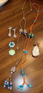 JEWELRY LOT: HANDCRAFTED BEADED NECKLACES 2, AGATE PENDANT WRAPPED IN COPPER,