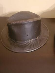 A henschel hat company dark brown hat, size lerge