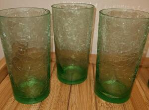 "4 CRACKLE GLASSES 5.5"" TALL. ONE BROKE BUT PIECE IS HERE"