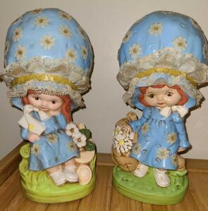"1970's KITSCHY BIG BONNET GIRLS IN PERFECT CONDITION 11"" TALL"