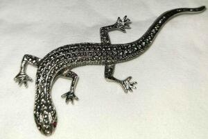 SILVER SALAMANDER PIN WITH RED JEWELED EYES