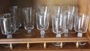 "10 VINTAGE GLASSES 5 OF 1 STYLE 6.25"" AND 5 OF ANOTHER 6.75"""