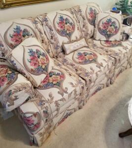 "HIGHLAND HOUSE SOFA TAPESTRY LOOK, SOFA BACK 30"", 74"" WIDE, 35"" DEEP. SIGNS OF MINIMAL WEAR. HAS"