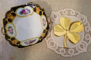"NORITAKE SQUARE BOWL 6"", HANDMADE DOILIES, AND GOLD PLATED 4 LEAF CLOVER"