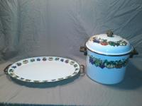 Serving Platter & Matching Pot