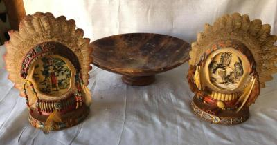 Proud TraditionsIndian Bookends with interesting decorative bowl