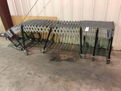 Extending Conveyor Table