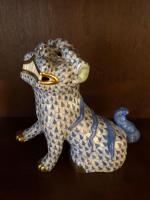 "Herend ""Foo Dog"" in blue fishnet"