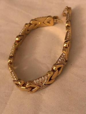18 K gold and diamond bracelet 41.2 grams total weight